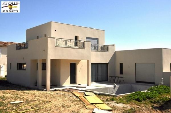 Villa moderne toits plats 160 m permis de construire 2012 for Plan d architecture villa moderne